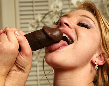 Private HD porn video: Horny Girl Loves the Taste of Black Cock