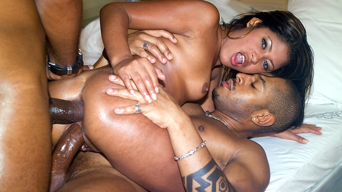 Black on latin sex — 9