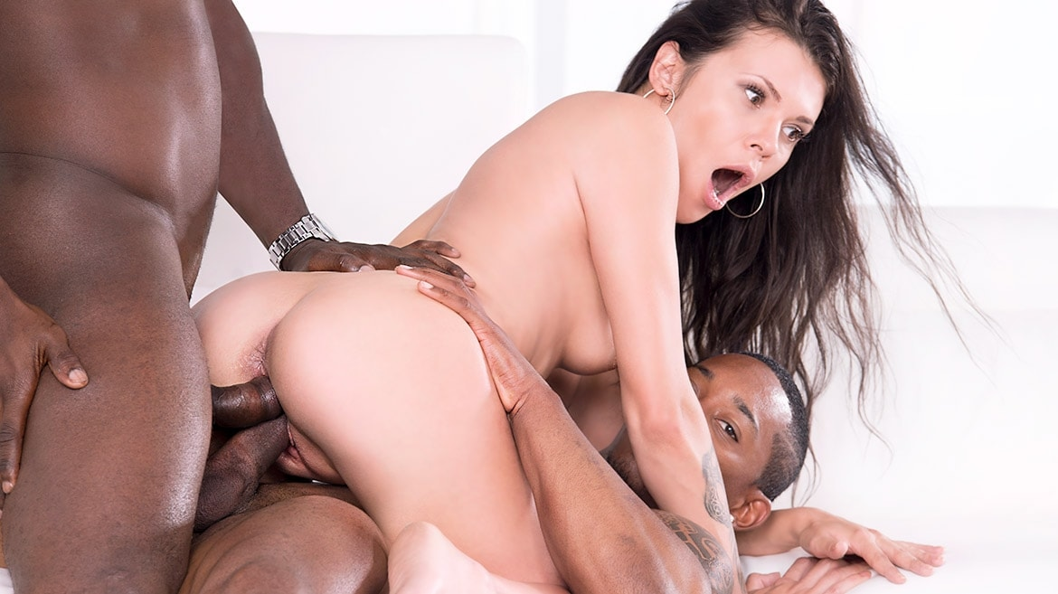 Verona Sky, Double Vaginal in her First Interracial Threesome