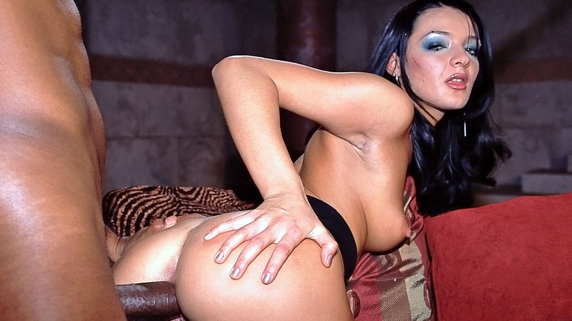 Beatrice, Black Widow and Mandy Bright in an Interracial Orgy