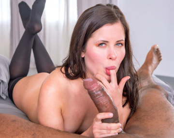 Private HD porn video: Horny Babe Seduces the Chef