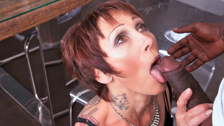 Mature MILF Tastes her First Black Cock